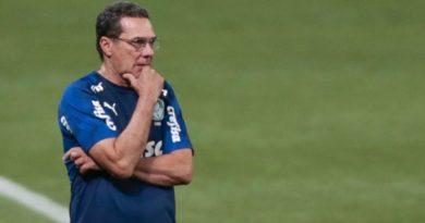 Palmeiras demite Vanderlei Luxemburgo após derrota para o Coritiba